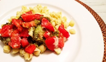 Pesto Chicken with Tomatoes
